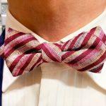 結婚式やパーティーで映える「遠州綿紬ぬくもり工房の蝶ネクタイ」